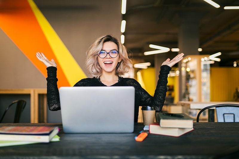 Pracownik ds. finansowych i księgowości z elementami obsługi komputera